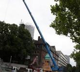 Montage Kirchturmspitze in Essen mit 250 to Kran
